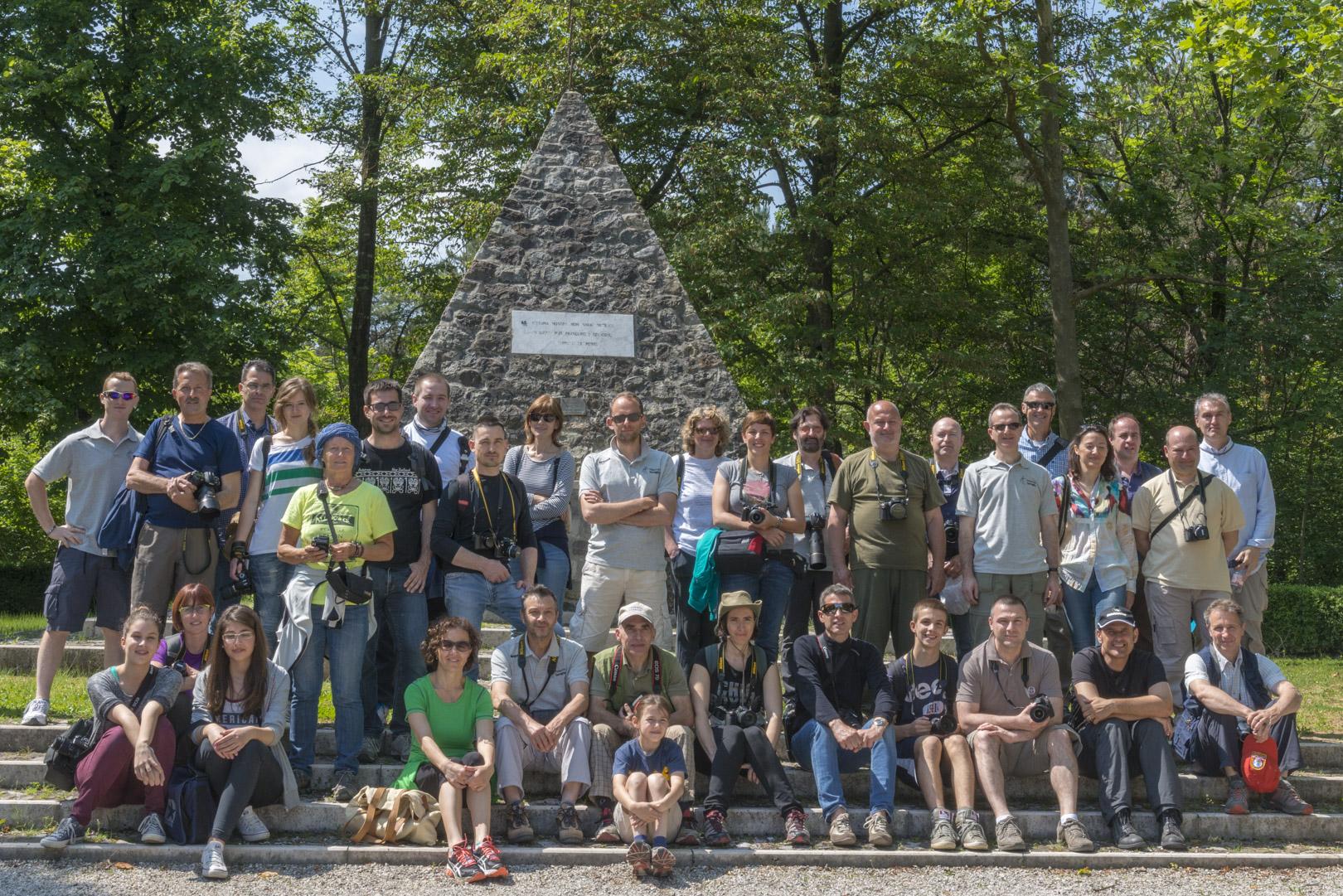 25 maggio 2014 foto di gruppo dei partecipanti al corso base di fotografia (digitale) uscita pratica all'isola dei morti di Moriago della Battaglia (TV)